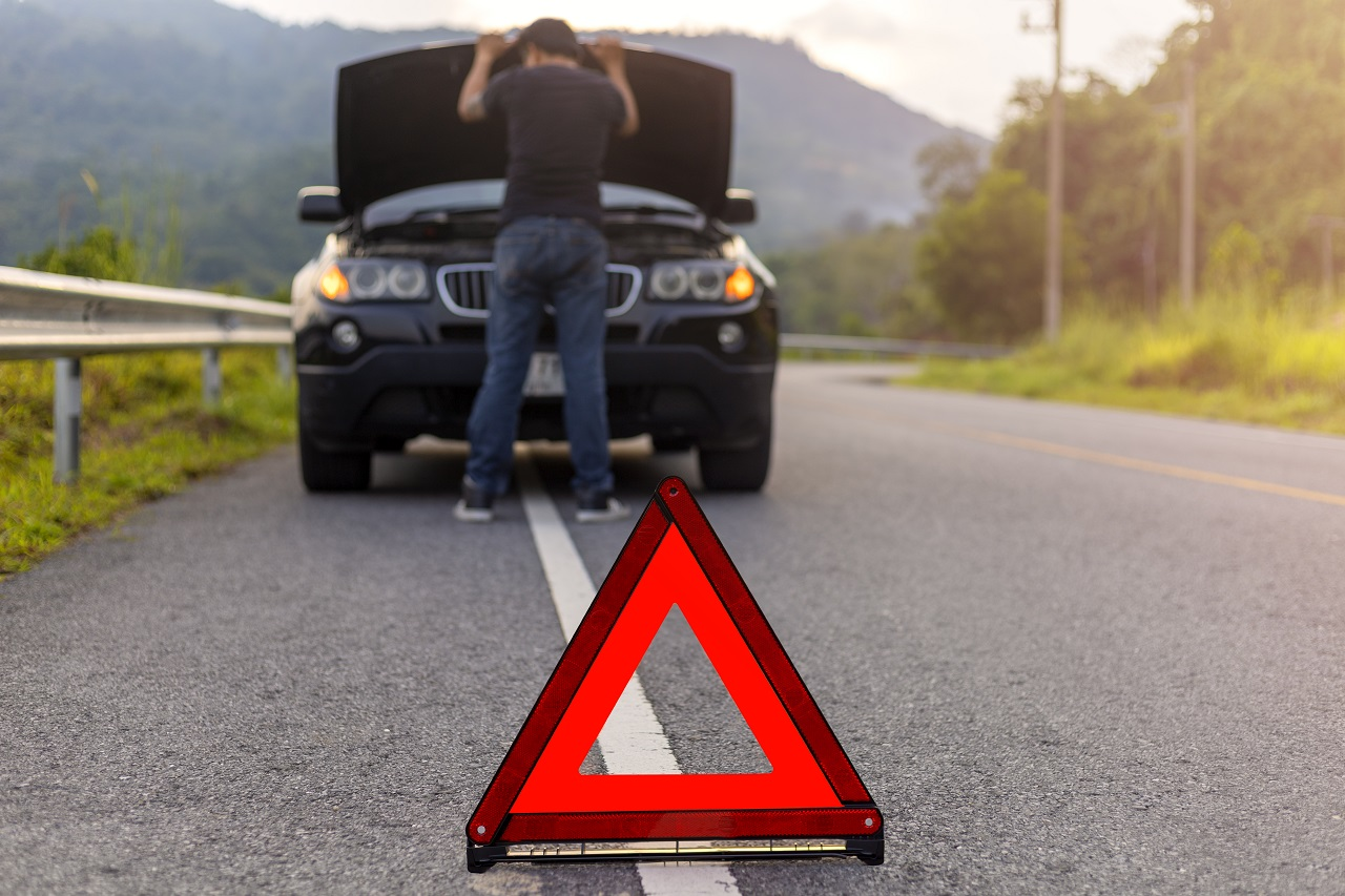 Ask-these-10-questions-before-hiring-a-towing-service